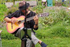 Actuation acoustique d'Airton Prates Silva. Guitare et voix bossanova, jazz.